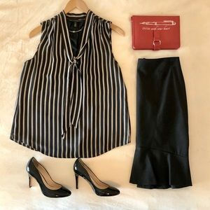 WHBM TIE FRONT STRIPED SLEEVELESS TOP